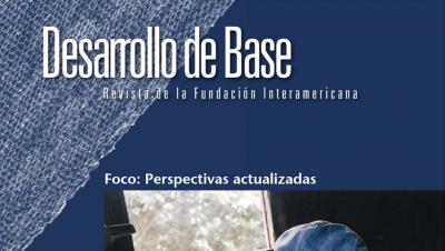 Imagen recortada de la portada de la edición 2014 de la revista Desarrollo de Base de la Fundación Interamericana