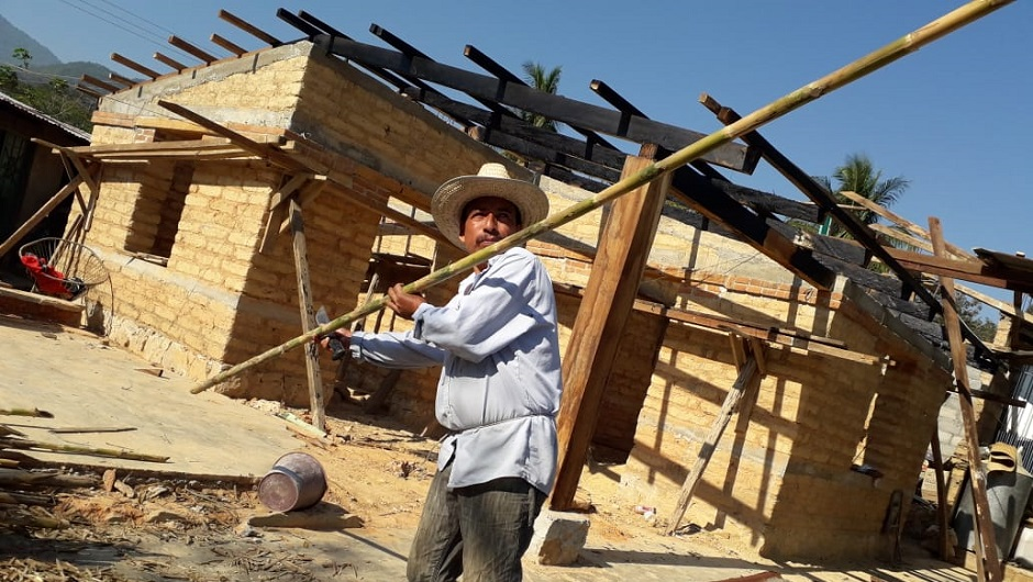 A Mexican man rebuilds a home