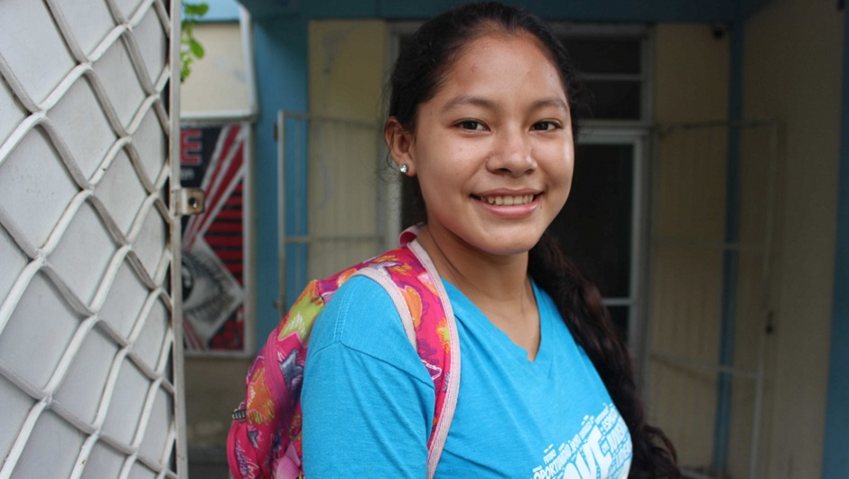 This Honduran teenager received a scholarship from our grantee partner OYE.